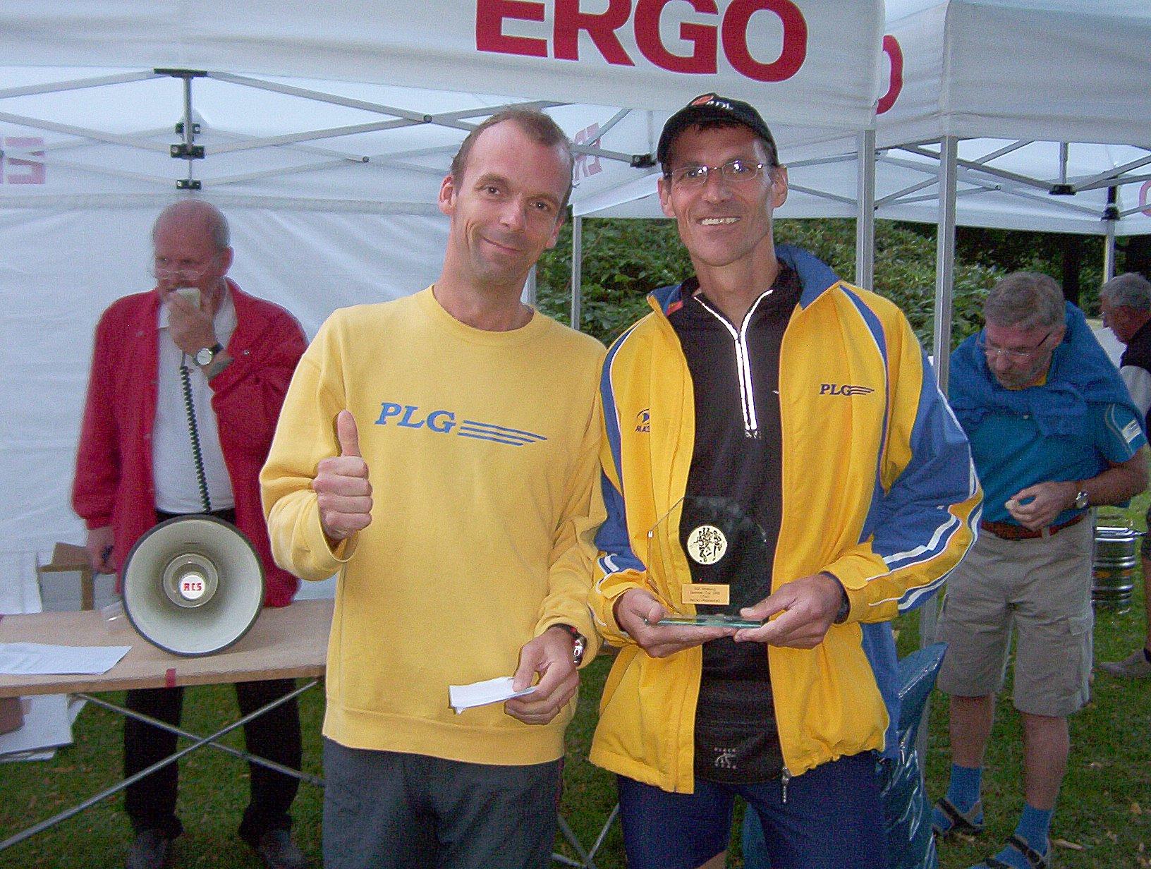 Hohenbuchenlauf 2009: Siegerehrung Männer-Mannschaft Laufcup